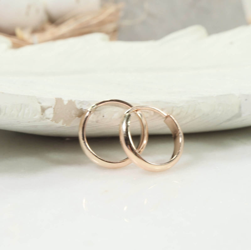 half round illusion hoops gold side view
