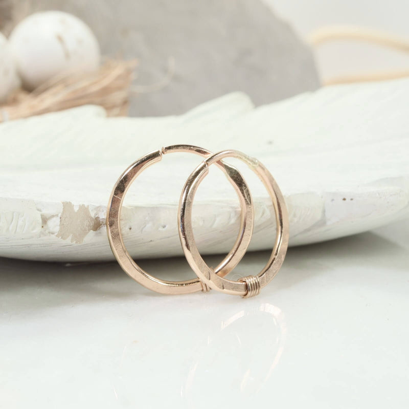 hammered & wrapped illusions hoops gold