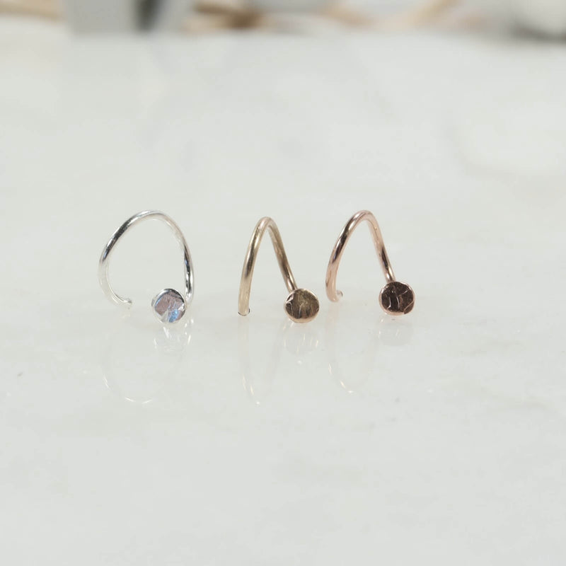 Tragus Twist 2mm Hammered Dots Choose Your Color And Direction