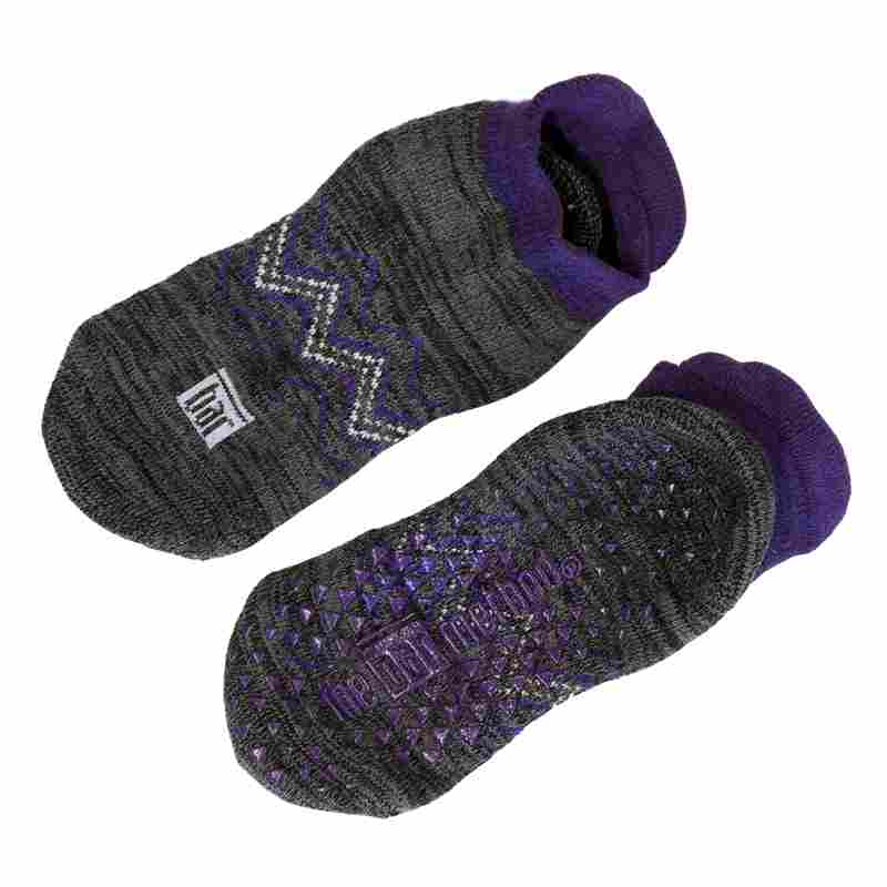 Grip socks - eggplant chevron