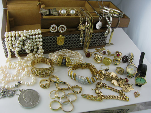 Jewelry Box and Estate Evaluation
