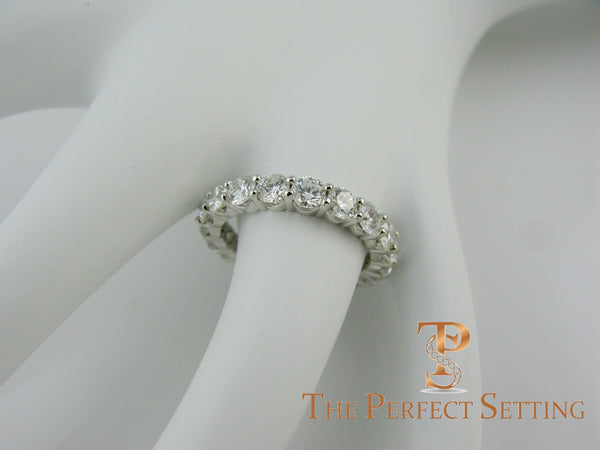 U-prong platinum setting eternity band