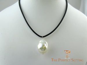 Freshwater pearl on leather cord necklace