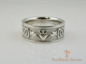 Claddagh Celtic Knot Mens Wedding Band