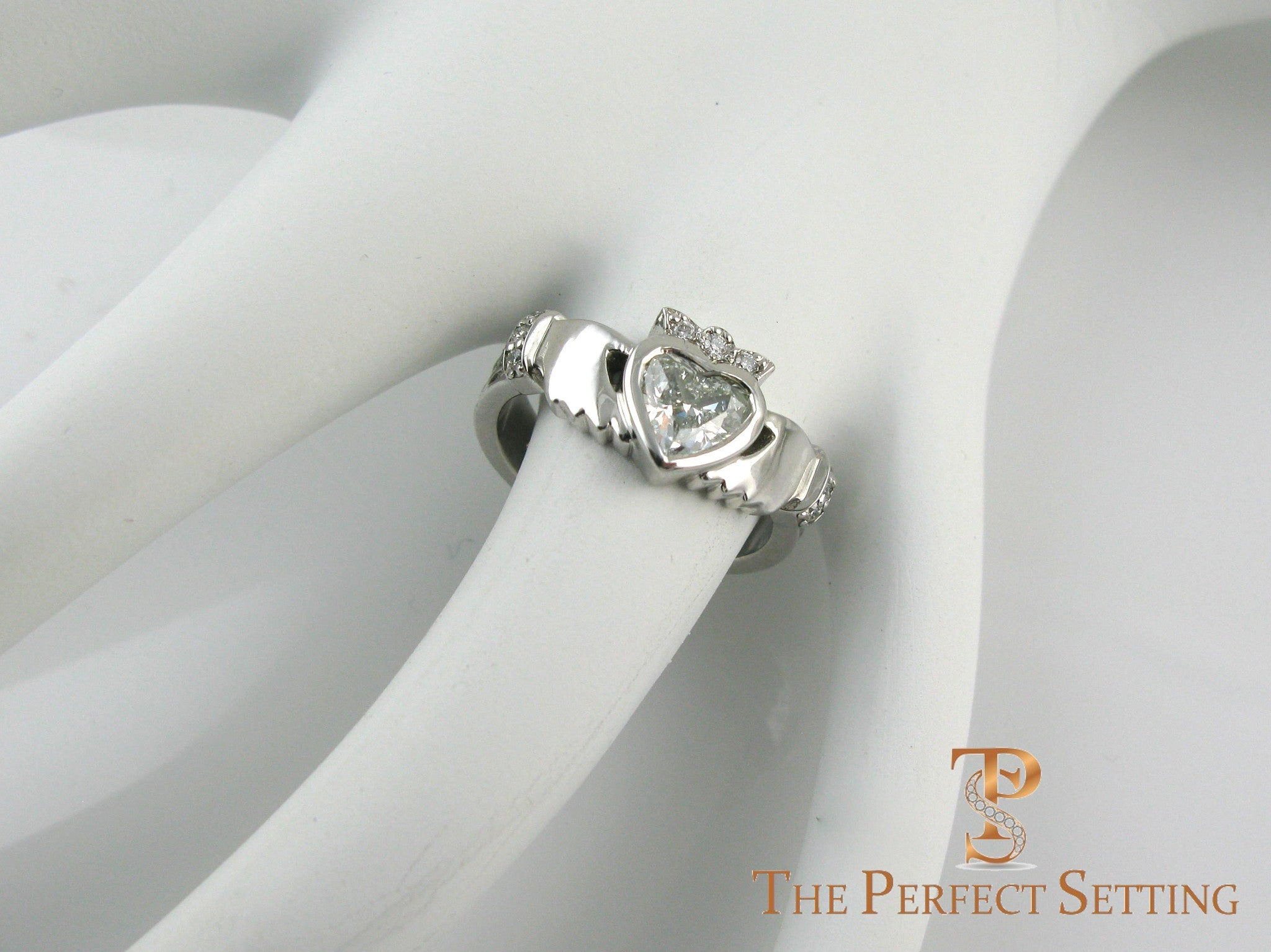 Claddagh Celtic Knot Ring With Diamond Heart The Perfect Setting