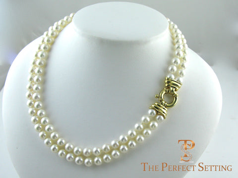 Double strand cultured pearl necklace 18K gold clasp