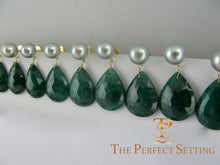 Load image into Gallery viewer, bridesmaid emerald slice and pearl earring