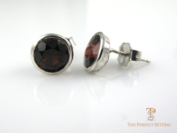 Garnet Stud Earrings.