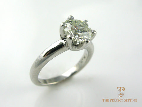 6 Prong Diamond Engagement Ring in Platinum