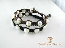 Load image into Gallery viewer, pearl macrame bracelet brown or black