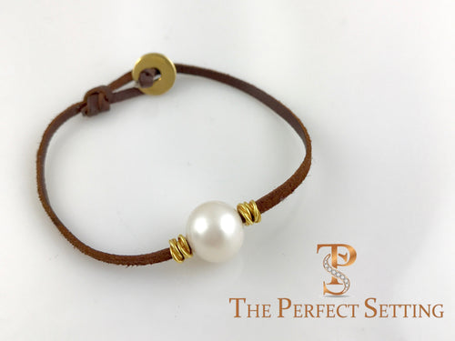 South Sea Pearl on Leather with Gold Thread Rondel Bracelet