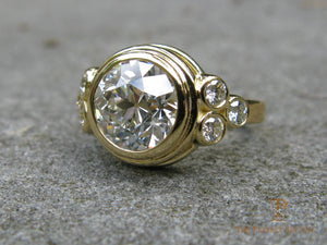 Bezel Diamond Gold Ring