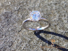 Load image into Gallery viewer, Diamond engagement ring 4 prong outside
