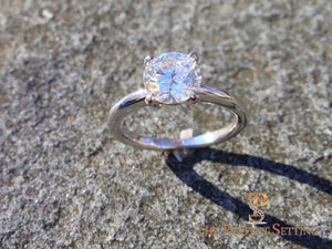 Diamond engagement ring 4 prong outside
