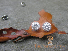 "Load image into Gallery viewer, 3 ctw diamond studs ""hearts and arrows"" martini setting screw back post"