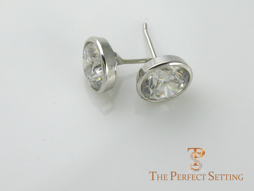 Earrings bezel set diamond studs