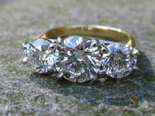 Load image into Gallery viewer, Three Stone Diamond Ring