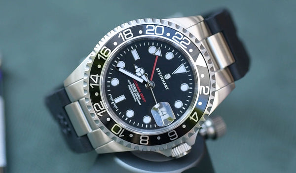How to change Steinhart Fitted Rubber Strap