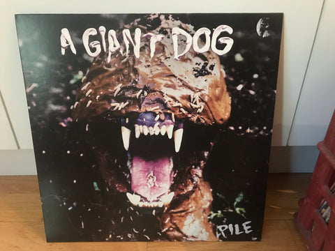 LP USED - A giant Dog - Pile