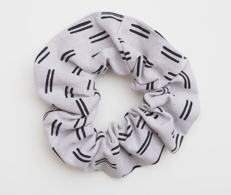 scrunchie white linen