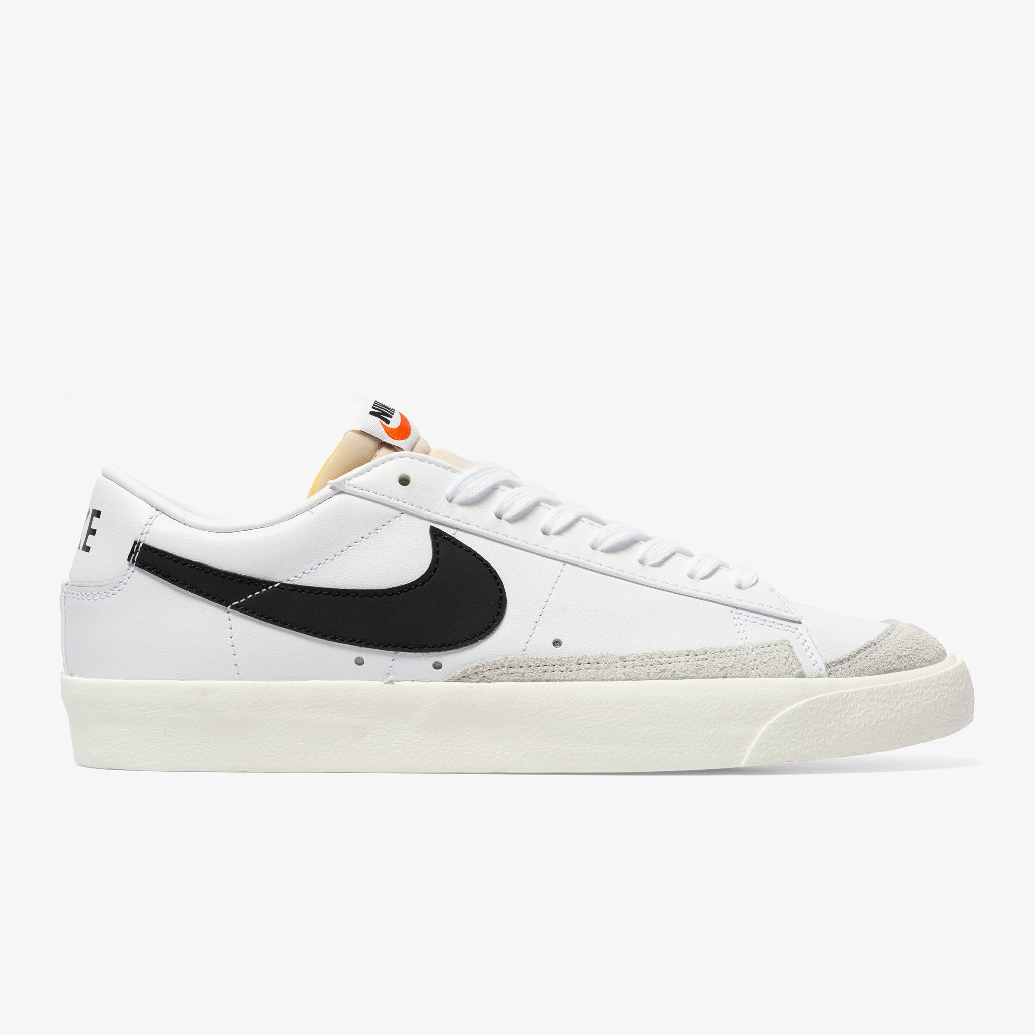 BLAZER LOW '77 VNTG (WHITE/BLACK SAIL)