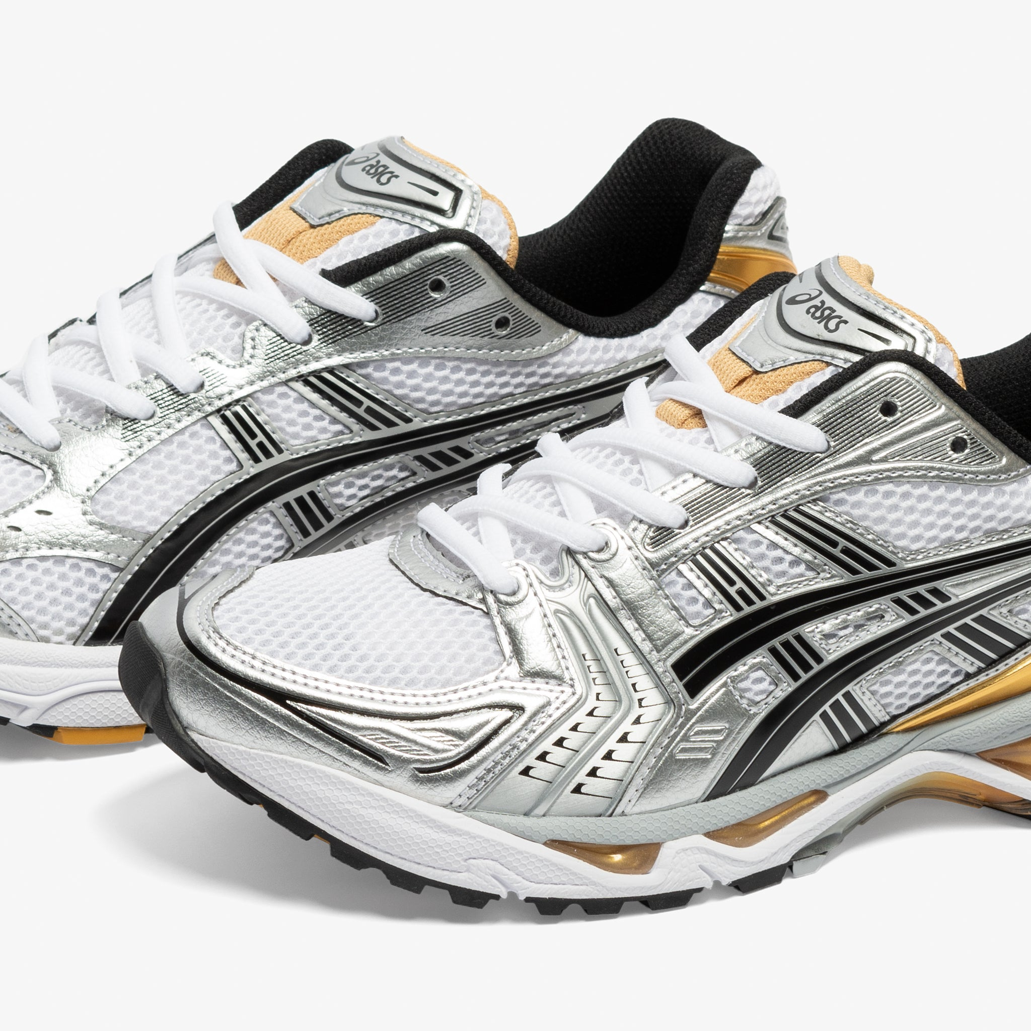 GEL-KAYANO 14 (WHITE/PURE GOLD)