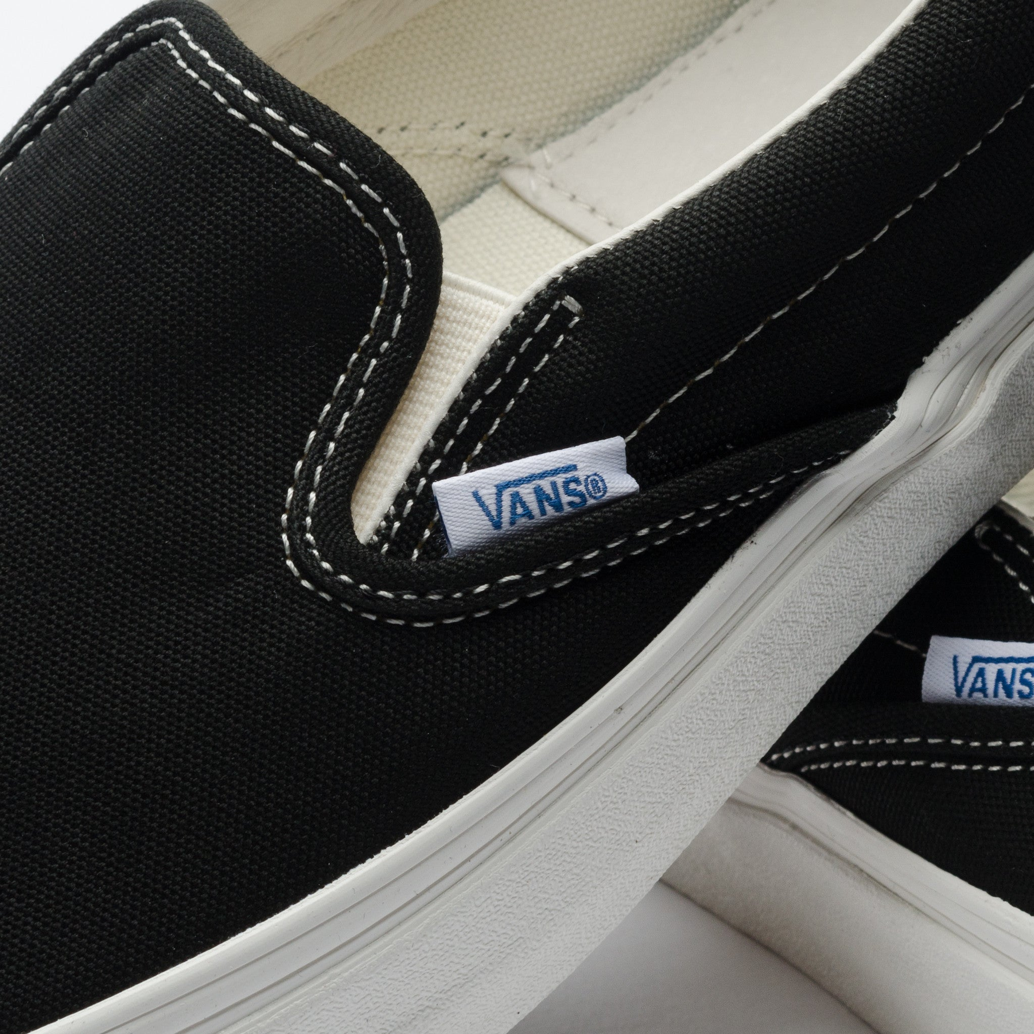 OG Classic Slip On LX (Black)