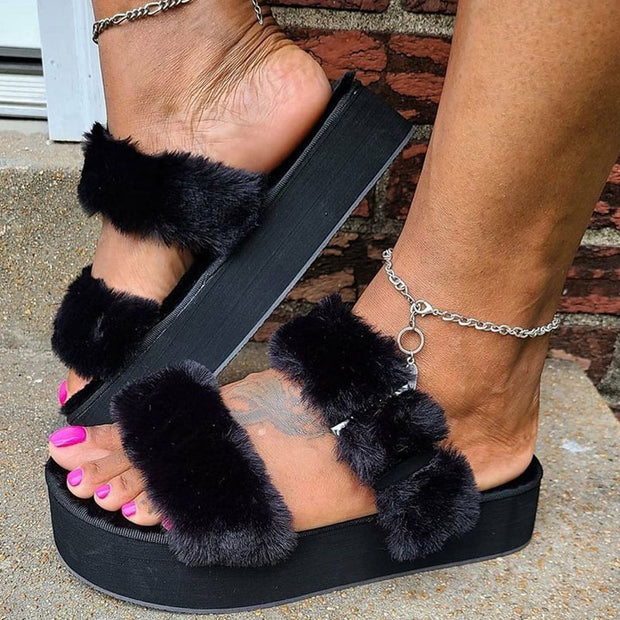 Fluffy Buckle Decoration Platform Slippers