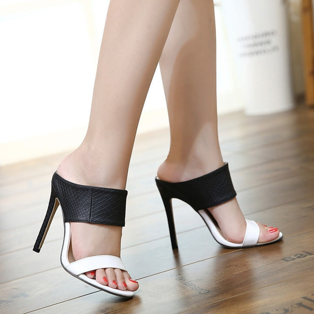 Fashion Black And White Contrast High Heel Sandals - Shop Shiningbabe - Womens Fashion Online Shopping Offering Huge Discounts on Shoes - Heels, Sandals, Boots, Slippers; Clothing - Tops, Dresses, Jumpsuits, and More.