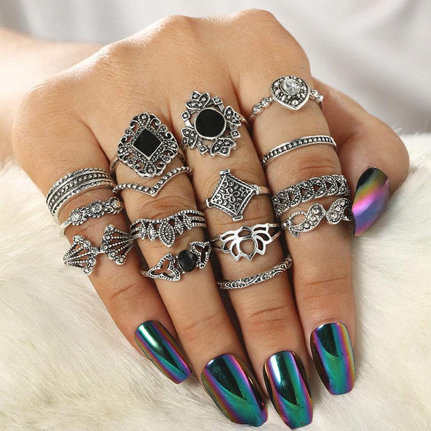 15PCS Hollow Out Studded Rings Set