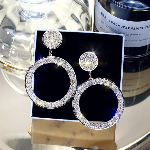 Circle Pattern Studded Earrings