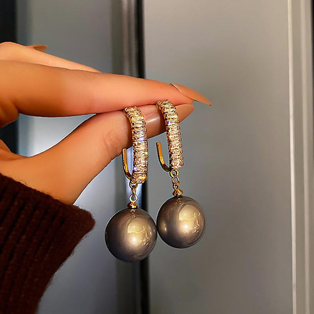 Fashion Vintage Studded Drop Peal Earrings