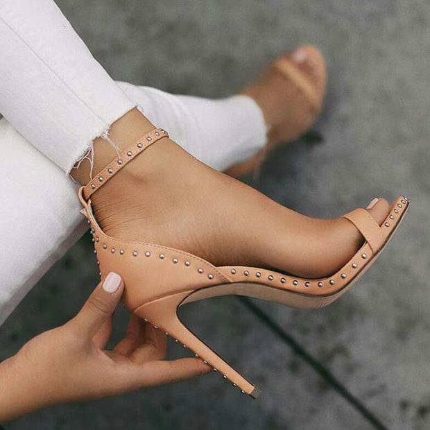Fashion Simple Studded High Heels - Shop Shiningbabe - Womens Fashion Online Shopping Offering Huge Discounts on Shoes - Heels, Sandals, Boots, Slippers; Clothing - Tops, Dresses, Jumpsuits, and More.