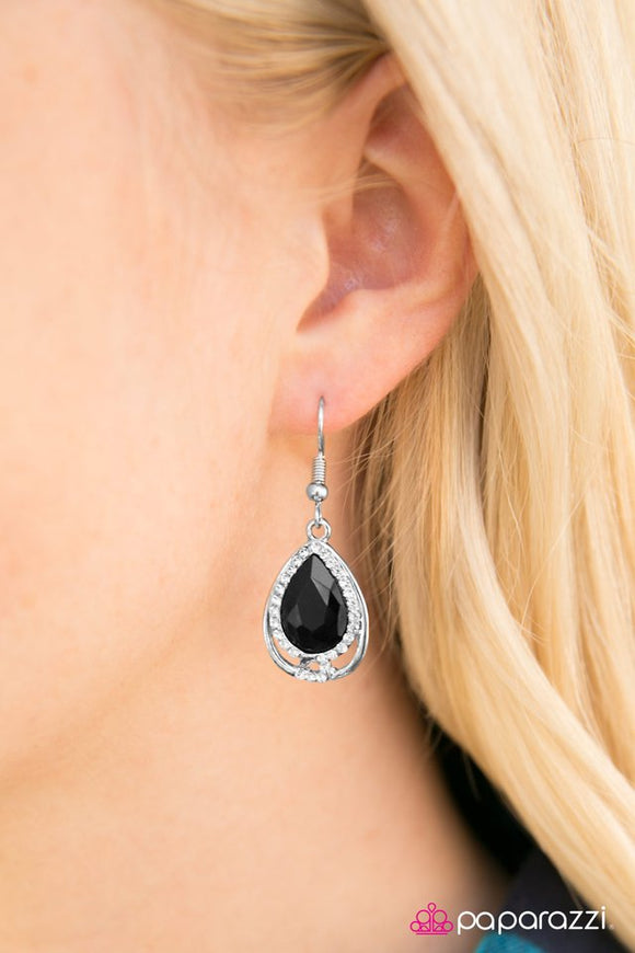 anything-is-posh-ible!-earrings-paparazzi-accessories