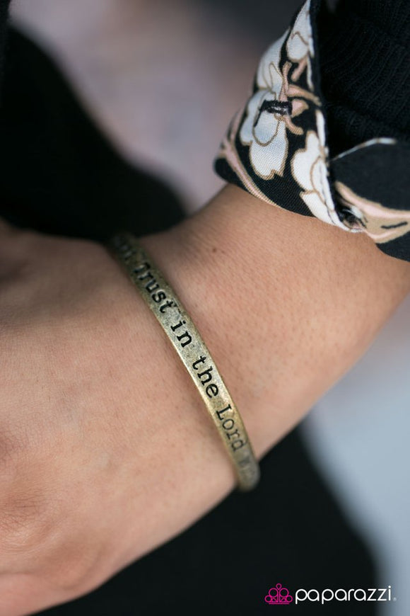 with-all-thy-heart-brass-bracelet-paparazzi-accessories