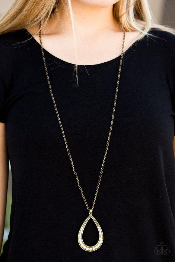 what-a-storm!-brass-necklace-paparazzi-accessories