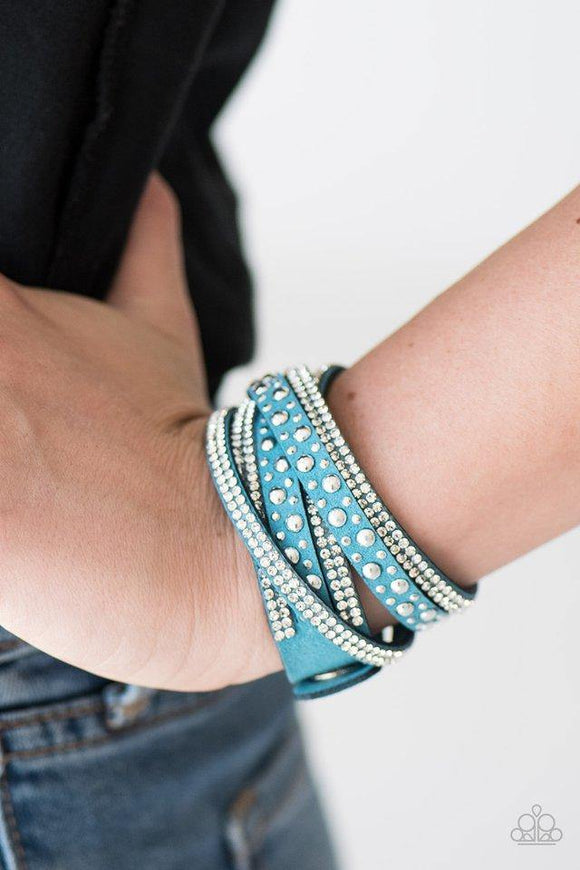 limited-sparkle-blue-bracelet-paparazzi-accessories