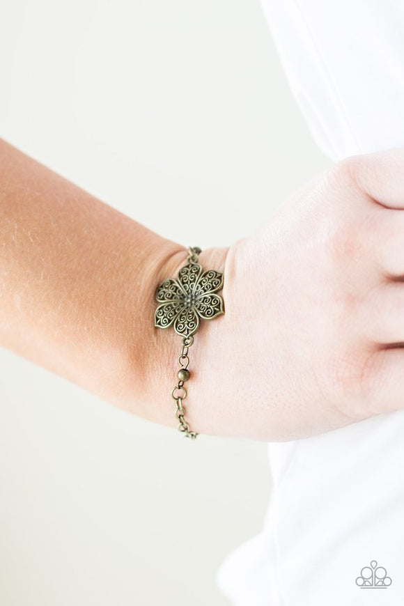 bermuda-bloom-brass-bracelet-paparazzi-accessories