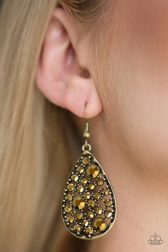 glow-with-the-flow-brass-earrings-paparazzi-accessories