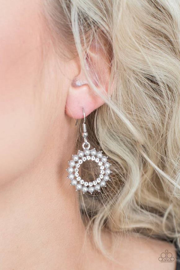 wreathed-in-radiance-silver-earrings-paparazzi-accessories