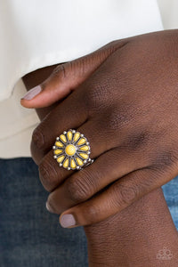 poppy-pop-tastic-yellow-ring-paparazzi-accessories