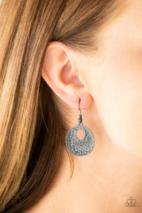 a-taste-for-texture-black-earrings-paparazzi-accessories