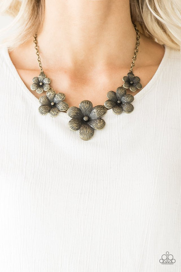 secret-garden-brass-necklace-paparazzi-accessories