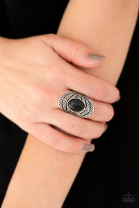royal-roamer-black-ring-paparazzi-accessories
