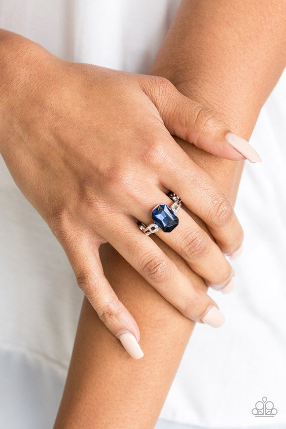 feast-your-eyes-blue-ring-paparazzi-accessories