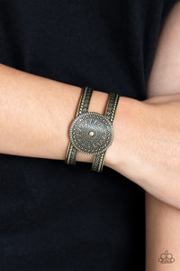 texture-trade-brass-bracelet-paparazzi-accessories