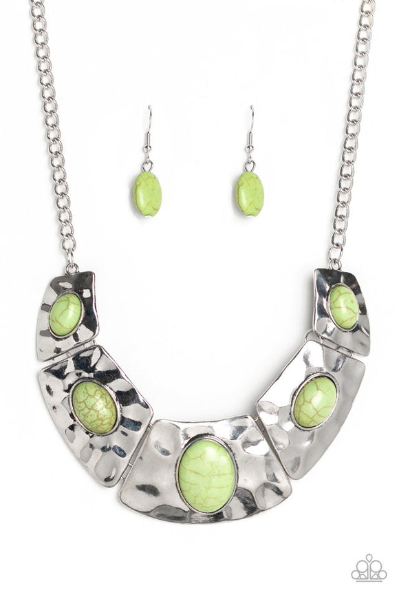 ruler-in-favor-green-necklace-paparazzi-accessories