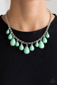 jaw-dropping-diva-green-necklace-paparazzi-accessories