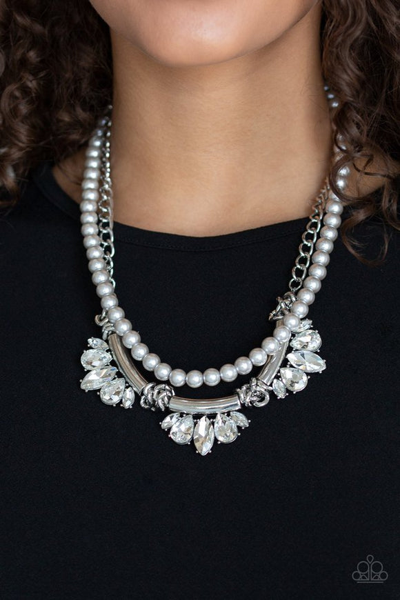 bow-before-the-queen-silver-necklace-paparazzi-accessories