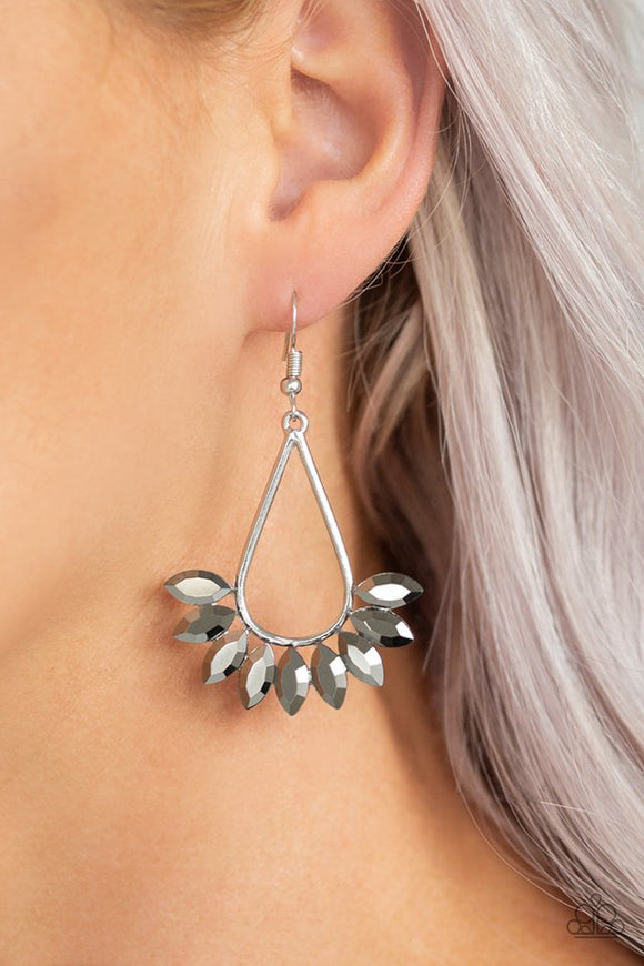 be-on-guard-silver-earrings-paparazzi-accessories